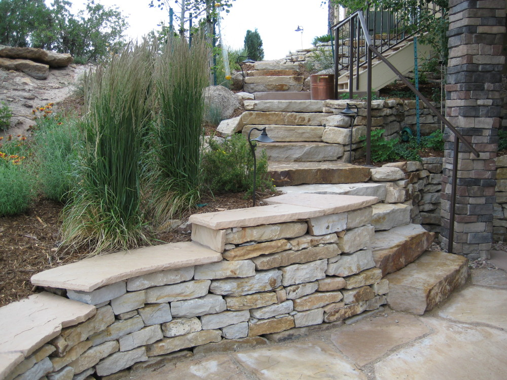 Exterior Landscaping: Stone Pathway Design