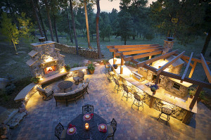 The design team at Fredell Enterprises is dedicated to creating an outdoor living space especially for you.