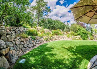 Boulder Wall | Lawn | Plantings