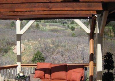 Deck | Fire Pit | Metal Logs