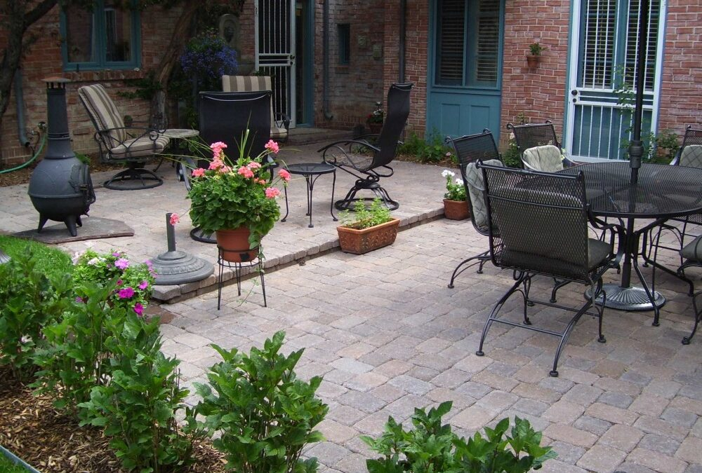 Patio Seating Walls
