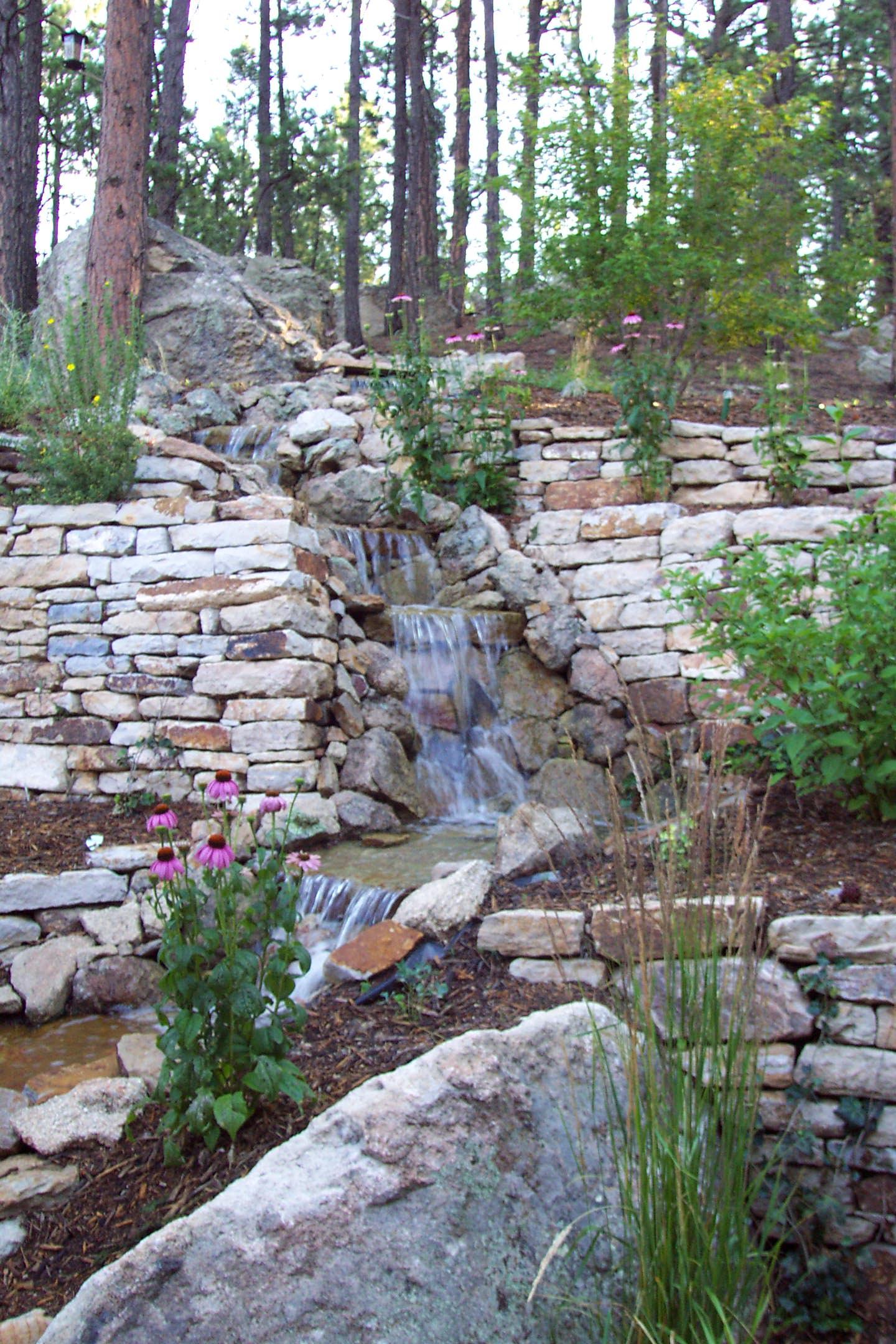 Siloam Stone Walls | Water Feature | Mulch